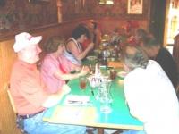 Dinner at Qwinn's Aug09.JPG
